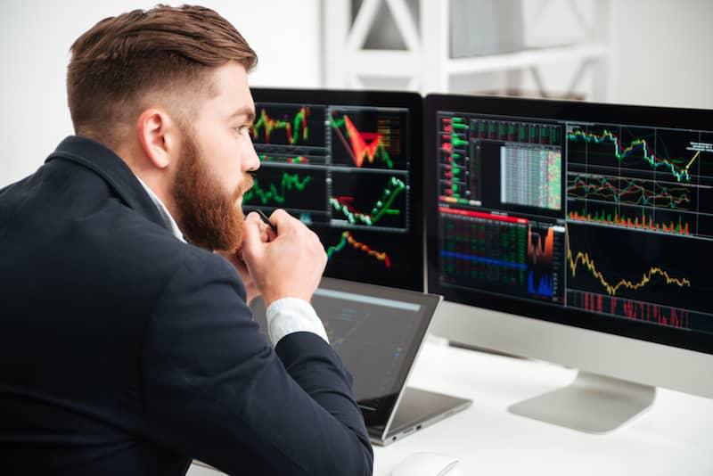 avis trading